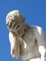 Tænksom statue